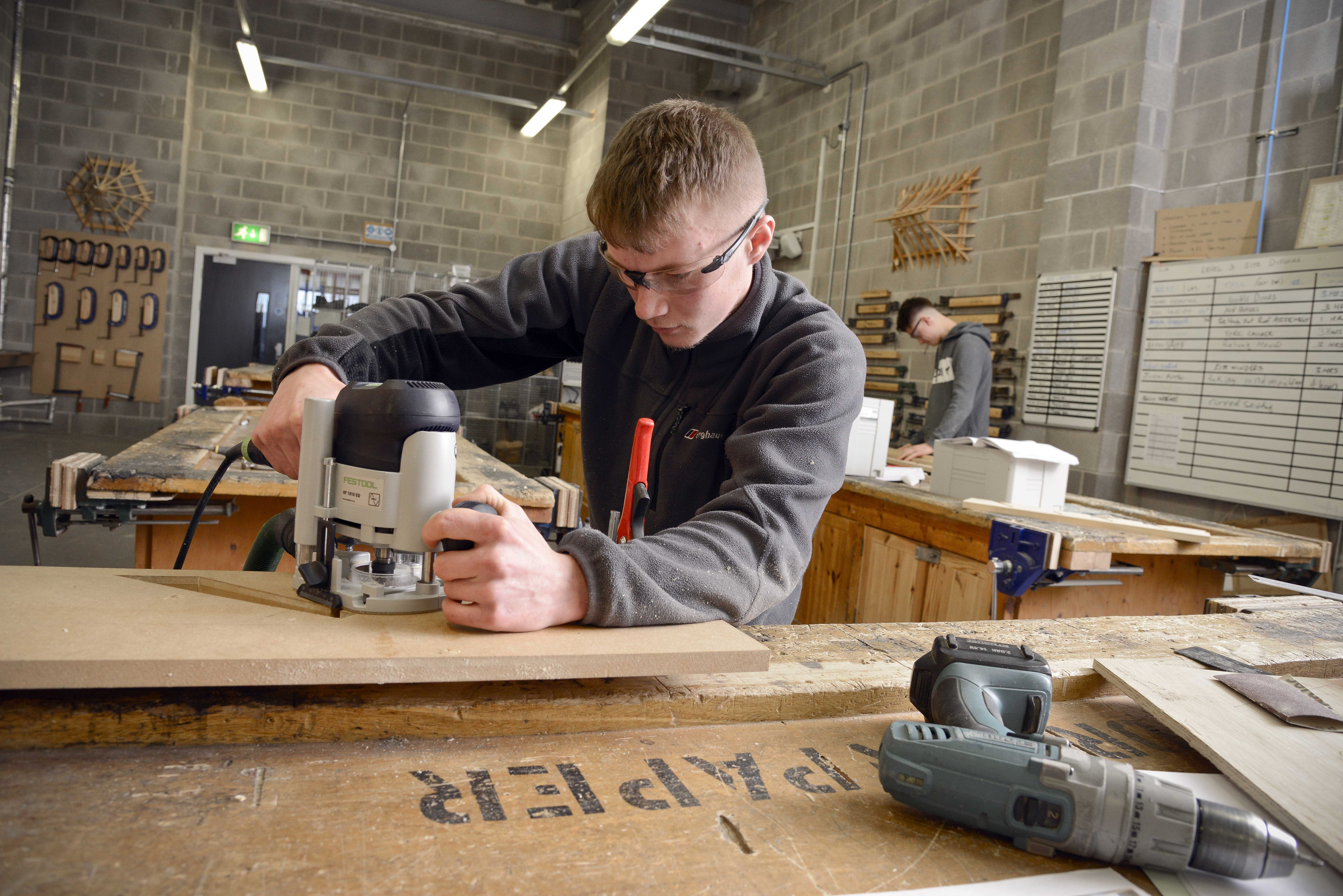 Construction Crafts Diploma Level 2 (Brickwork, Carpentry & Joinery, Painting & Decorating, Plastering)