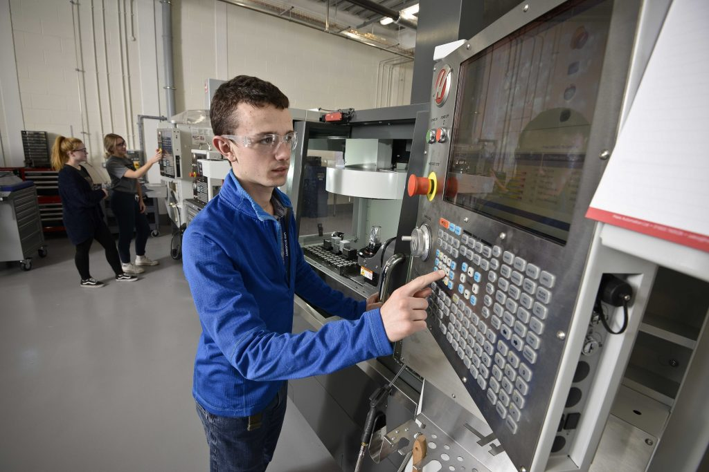 Higher National Certificate (HNC) Electrical & Electronic Engineering