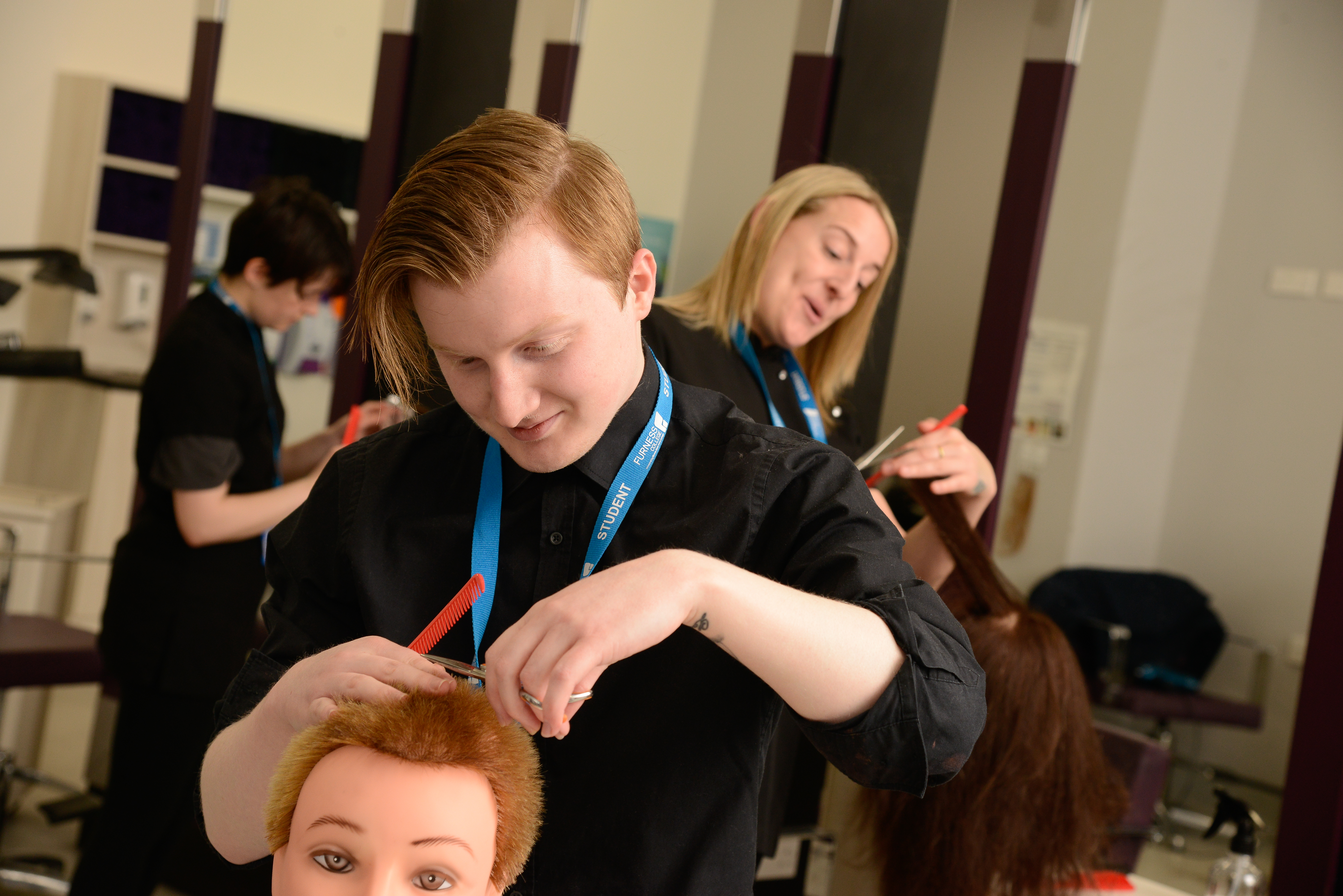 Certificate in an Introduction to the Hair and Beauty Sector